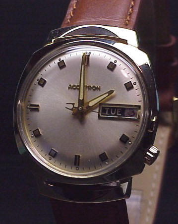 Accutron 2182 Model in 14K Yellow Gold - Accutron Repair Specialists
